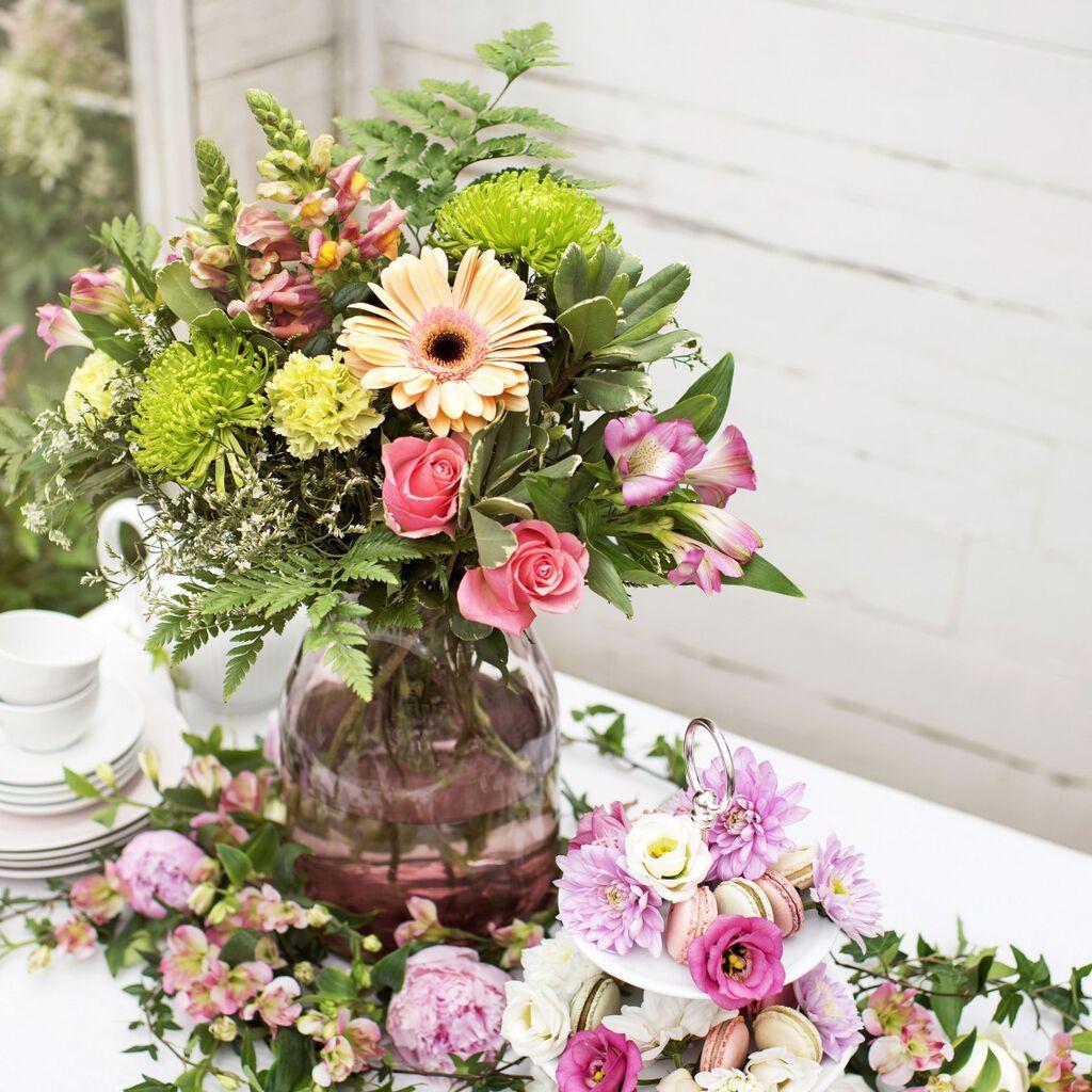 Pynt med blomster på sommerens fester