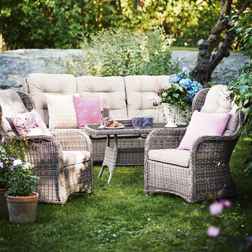 Juli – nyt sommerdager i hagene
