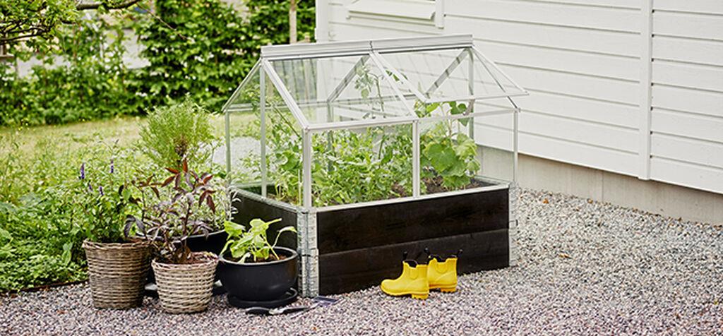 Forleng vekstsesongen med pallekarmdrivhus