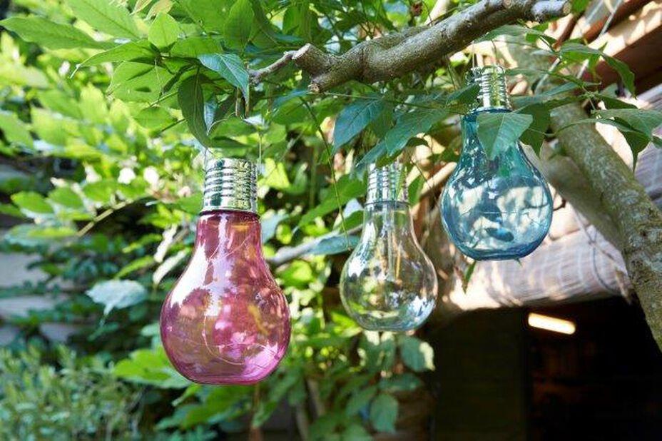 Solcelledrevet lysarmatur, Høyde 17 cm, Flerfarget